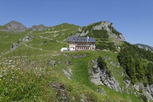 Germany, Upper Bavaria, Mangfall Mountains, Rotwandhaus at the Rotwand - LB000800