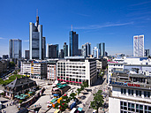 Germany, Hesse, Frankfurt, View to financial district with Commerzbank tower, European Central Bank, Helaba, Taunusturm, Opera Tower and Hauptwache - AMF002545