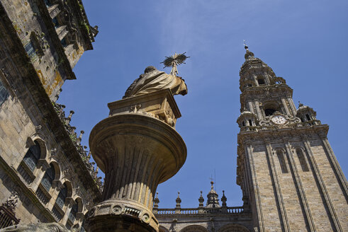 Spain, Santiago de Compostela, The Way of St James,Plaza de Praterias and Cathedral - LAF001004