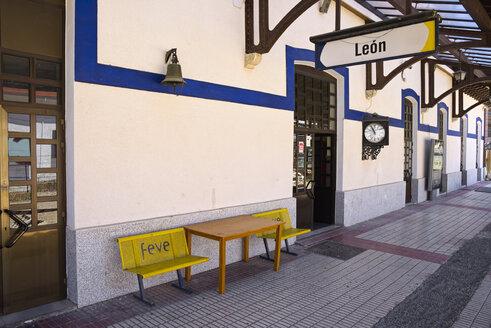 Spain, Castile and Leon, Province of Leon, Leon, old railway station - LA001128