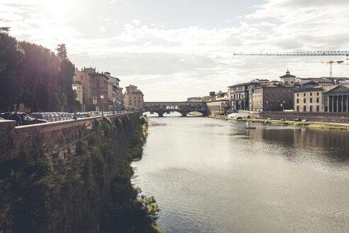 Italy, Tuscany, Florence, River Arno with Ponte Vecchio - SBDF001094