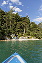 Austria, Salzburg State, Lake Fuschlsee, Small beach - SIEF005680