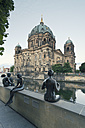 Germany, Berlin, view to Berlin Cathedral with sculptures in the foreground - MEMF000346