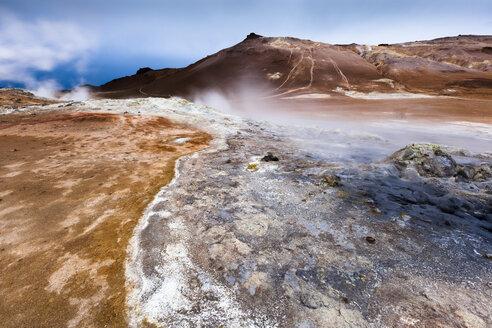 Iceland, Skutustadir, Krafla-volcanic area, geothermal area near Myvatn - FCF000305