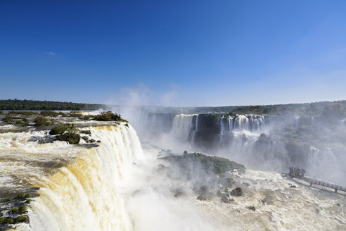 South America, Brazil, Parana, Iguazu National Park, Iguazu Falls - FO006664