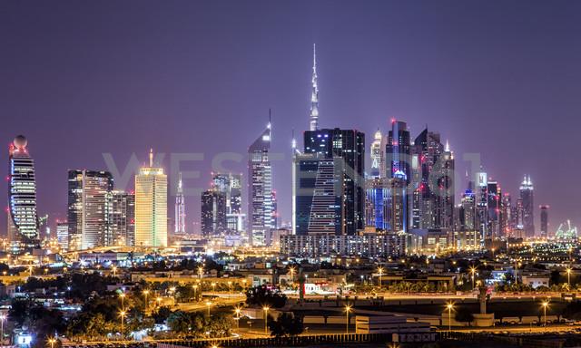 United Arab Emirates, Dubai at night - DAWF000090 - Daniel Waschnig Photography/Westend61
