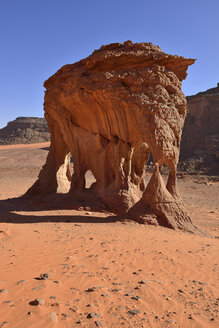 Africa, Algeria, Sahara, Tassili N'Ajjer National Park, Rock formation with natural arches at Oued Bouhadian - ES001317