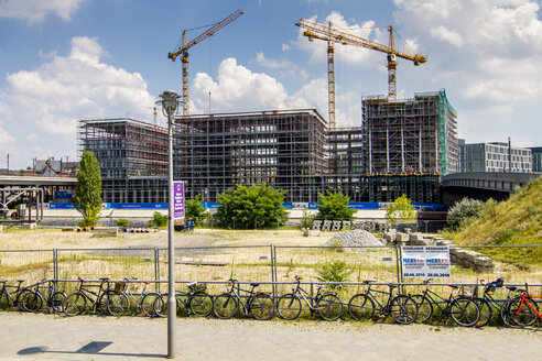 Germany, Berlin, construction site of buildings at government district - BIG000024