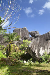 Seychelles, Granite rock formation at La Digue Island - KRPF000756