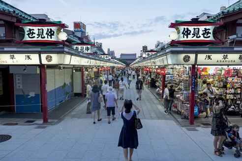 Japan, Tokyo, Asakusa, Nakamise Shopping Street - HL000683
