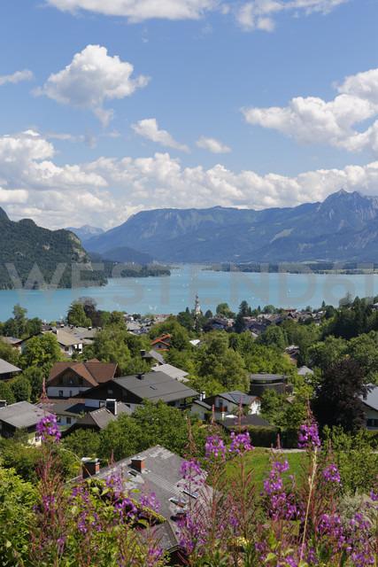 Austria, Salzkammergut, Salzburg State, Lake Wolfgangsee, St. Gilgen - SIEF005762