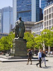 Germany, Hesse, Frankfurt, Goethe Memorial on Rossmarkt - AM002683