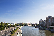 Russia, Moscow, River Moskva and buildings around Kremlin - FOF006780