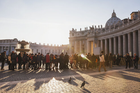 Italy, Rome, people waiting in queue on St. Peter's Square at New Year 2014 - GW003299