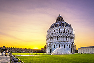 Italy, Tuscany, Pisa, View to Baptistery in the evening - PUF000044