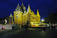 Netherlands, North Holland, Amsterdam, Nieuwmarkt, New Market, De Waag at night - HOHF000977