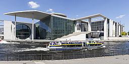 Germany, Berlin, Marie-Elisabeth-Lueders-Building, Excursion boat on Spree river - WI000958