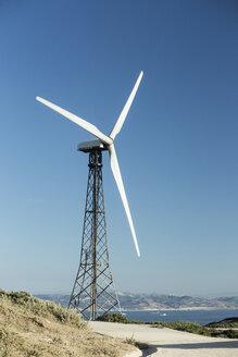 Spain, Andalusia, Tarifa, Wind farm, Wind turbine at coast - KBF000159