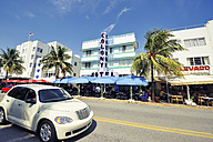 USA, Florida, Miami Beach, Ocean Drive - BR000639