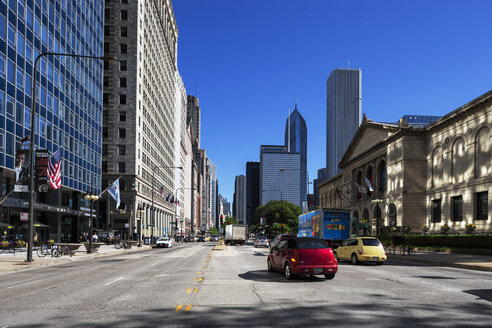 USA, Illinois, Chicago, skyscrapers in downtown - FOF007148
