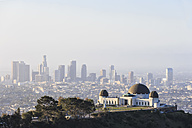 USA, California, Los Angeles, Griffith Observatory and Skyline - FOF006947