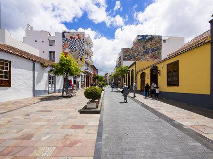 Spain, Canary Islands, La Palma, Los Llanos  de Aridane, Plaza de Espana, Mosaics on facades - AMF002822