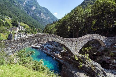 Switzerland, Ticino, Lavertezzo, Ponte dei Salti - WEF000209