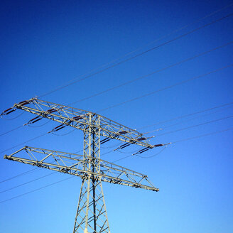 Power lines with blue sky - AFF000112