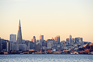 USA, California, San Francisco, skyline with Transamerica Pyramid in morning light - BRF000785