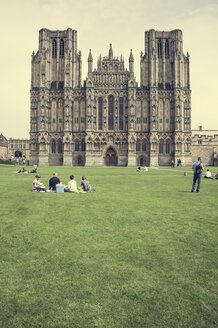 UK, Somerset, Cathedral of Wells - DISF001008