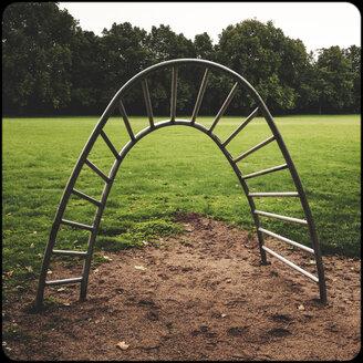 Playground - SHIF000085