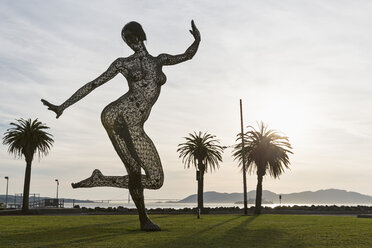 USA, California, San Francisco,  Treasure Island, Bliss Dancer Sculpture - FO007059