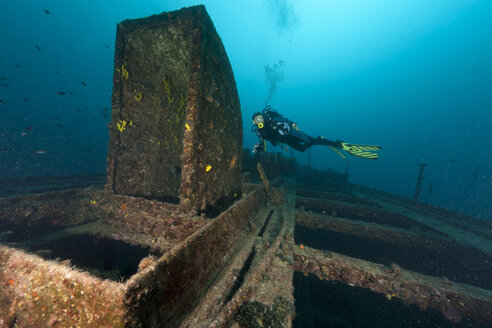 Croatia, Cres, Wreck diving at wreck Lina - ZCF000178