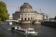 Germany, Berlin, Berlin-Mitte, Museum Island, Bode Museum at Spree river, excursion boat - WI001044