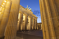 Germany, Berlin, Berlin-Mitte, Pariser Platz, Brandenburg Gate in the evening - WIF001049