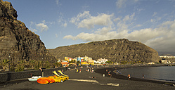 Spain, Canary Islands, La Palma, Tazacorte beach - DWIF000192