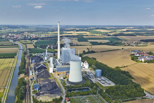 Germany, Bavaria, aerial view of power plant - KD000009