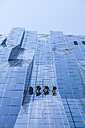Austria, Vienna, Donau City, window cleaners at DC Tower 1 - DIS001047