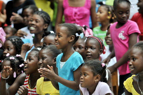 Haiti,  Petit Goave, Children watching theatre performance - FLK000466