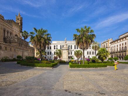 Italy, Sicily, Palermo, cathedral Maria Santissima Assunta and Liceo classico Vittorio Emanuele II - AM002848