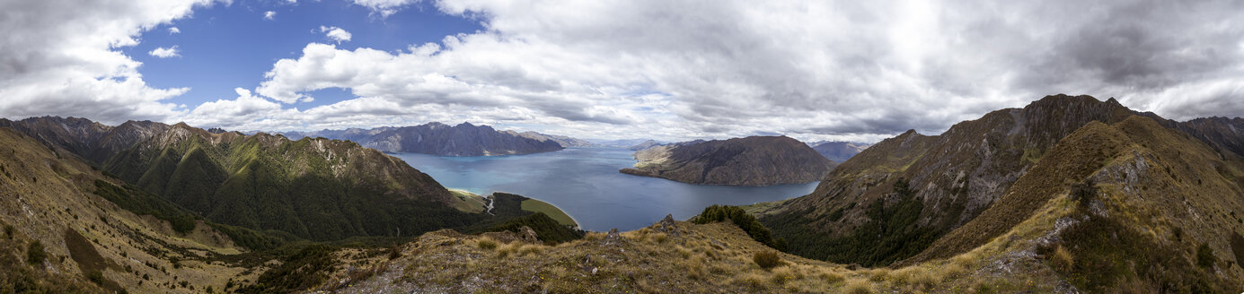 New Zealand, South Island, Queenstown-Lakes-Distrikt, Makarora, Wanaka, Lake Hawea, Panorama - WV000697
