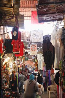 Morocco, Marrakesh, souk - RIM000304