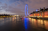 United Kingdom, England, London, London Eye at Thames river in the evening light - PAF000930