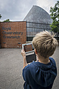 UK, London, boy photographing Greenwich Observatory with his digital tablet - PA000967