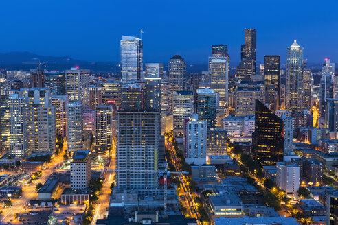 USA, Washington State, Seattle, Cityscape, Blue hour - FOF007129