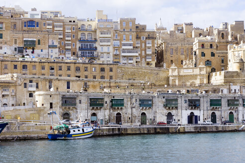 Malta, Valletta, cityscape seen from Grand Harbour - WEF000246