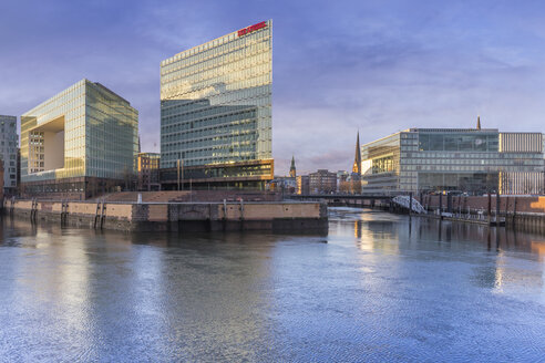 Germany, Hamburg, Hafencity, High-rise office building Ericusspitze, Publishing house Der Spiegel - NKF000177
