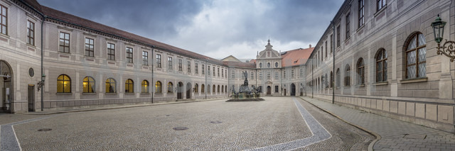 Germany, Bavaria, Munich, Panorama view of the Atrium of Munich Residence - NK000188 - Stefan Kunert/Westend61