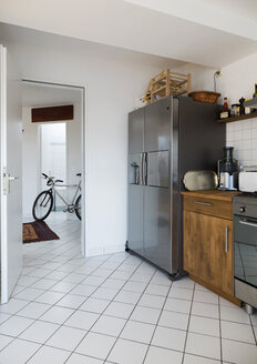 Kitchen in a penthouse flat - TKF000383