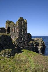 United Kingdom, Scotland, Wick, Northeast Coast, Ruin Castle Sinclair Girnigoe - ELF001361